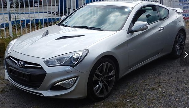 Left hand drive HYUNDAI COUPE Genesis Coupe 2.0 T Sport