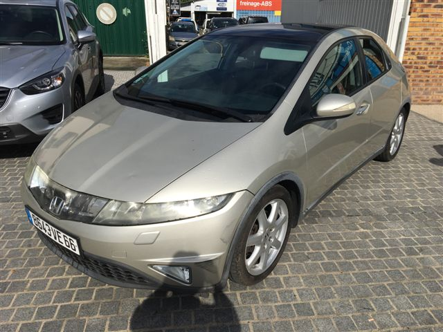 Left hand drive HONDA CIVIC 1.8 EXECUTIVE FRENCH REG