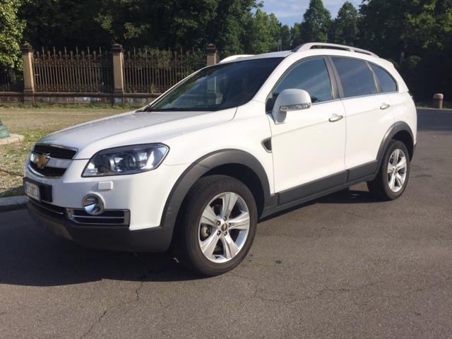 Left hand drive CHEVROLET CAPTIVA  2.0 VCDi LTZ 7 SEATS