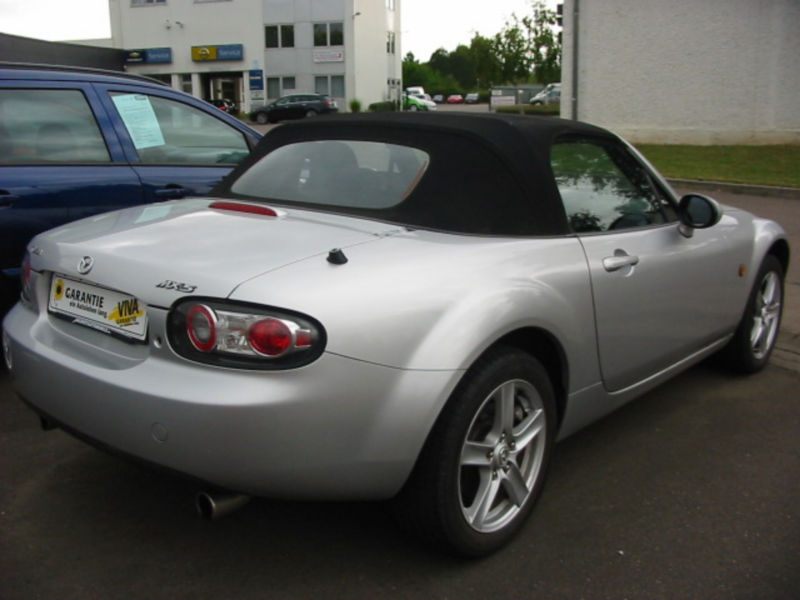 Left hand drive MAZDA MX 5 1.8 ENERGY