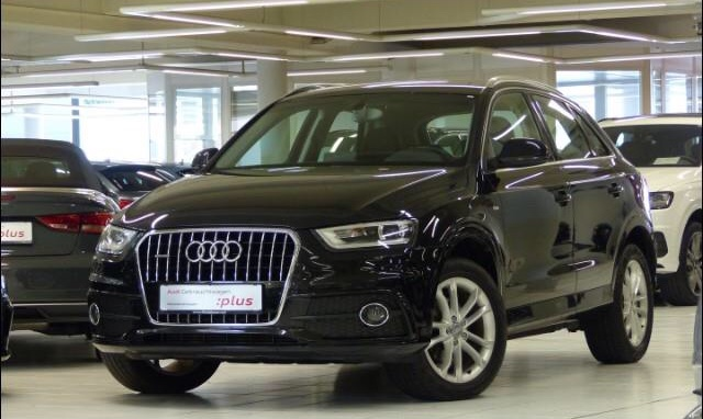 lhd AUDI Q3 (05/2014) - black metallic - lieu: