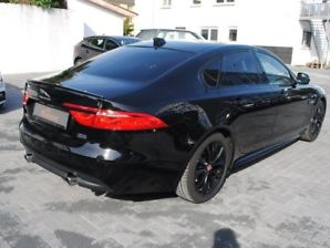 JAGUAR XF (04/2016) - black - lieu: