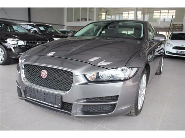 Left hand drive JAGUAR XE 2.0 D Turbo 180CV