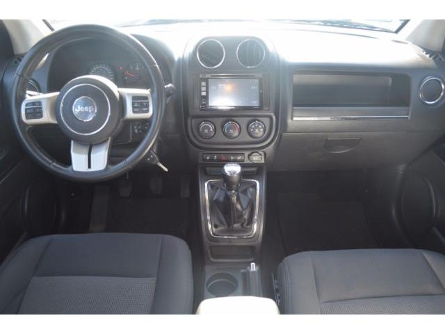 JEEP COMPASS (03/2012) - white - lieu: