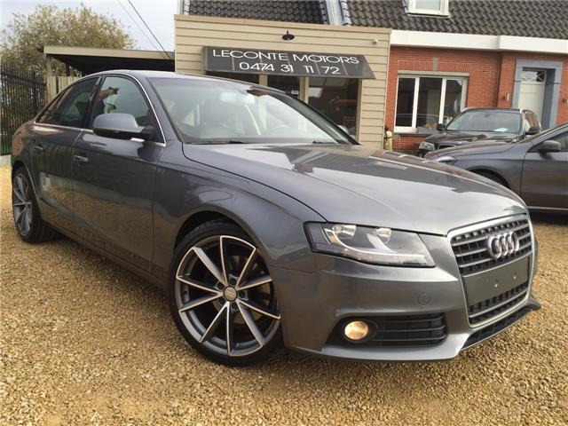 lhd car AUDI A4 (08/2011) - grey - lieu: