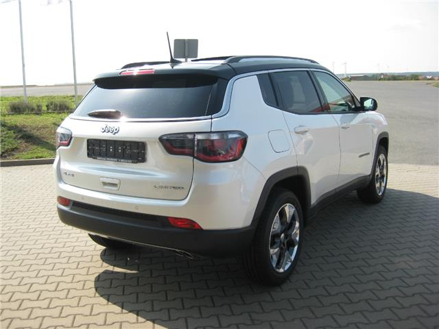Lhd JEEP COMPASS (08/2017) - white - lieu: