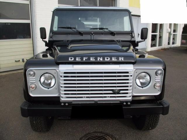 LANDROVER DEFENDER (01/2016) - black