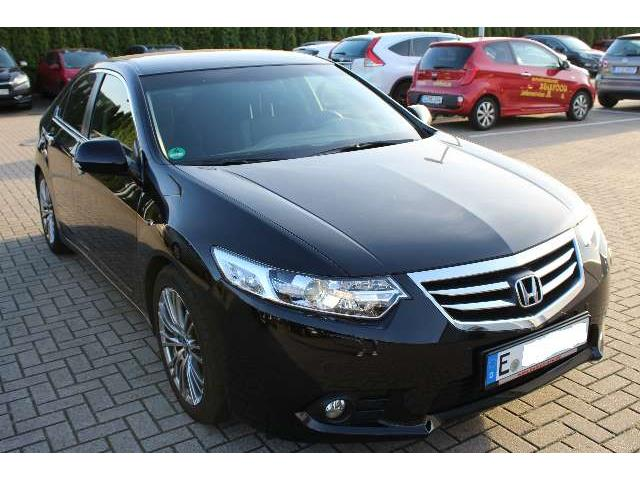 lhd HONDA ACCORD (04/2015) - black - lieu: