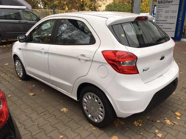 FORD KA (01/2017) - white - lieu: