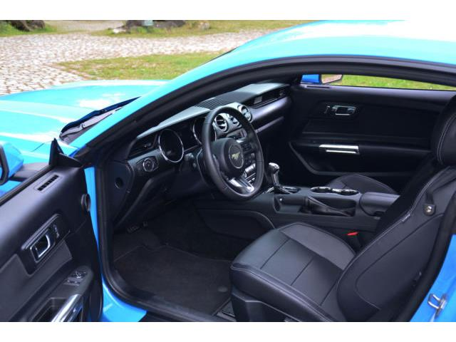 left hand drive FORD MUSTANG (01/2017) - blue - lieu: