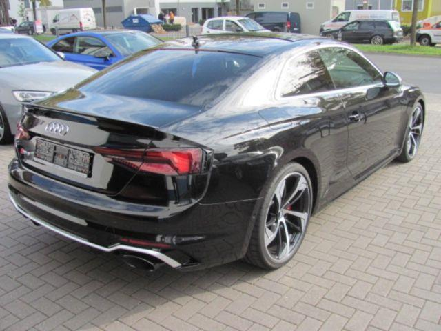 AUDI RS5 (09/2017) - black - lieu: