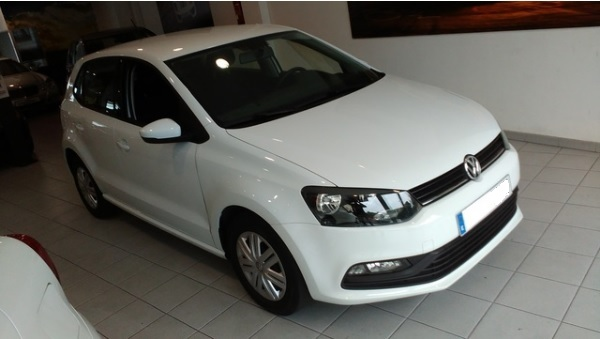 Left hand drive VOLKSWAGEN POLO Advance 1.4 TDI 75cv BMT Spanish Reg