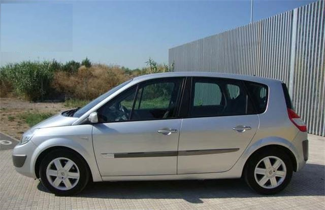 RENAULT SCENIC (03/2006) - Silver - lieu:
