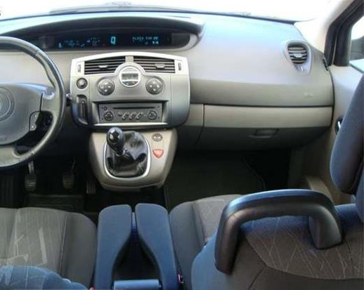 left hand drive RENAULT SCENIC (03/2006) - Silver - lieu: