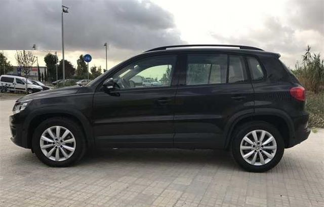 volkswagen tiguan 2 0 tdi 110cv 4x2 t1 bluemotion tech 5p spanish reg. Black Bedroom Furniture Sets. Home Design Ideas