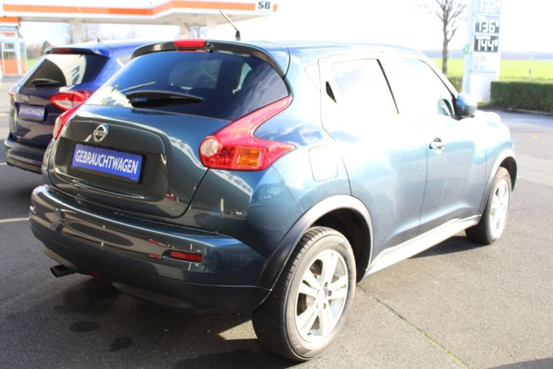 Left hand drive NISSAN JUKE 1.6 TEKNA NAVI HEATED SEATS