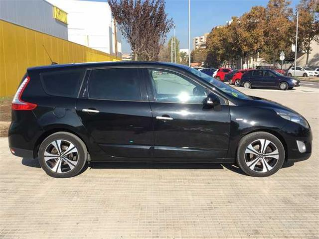 Left hand drive RENAULT GD SCENIC 1.9 dCi Bos� Edition 130cv 7 Plazas Spanish Reg