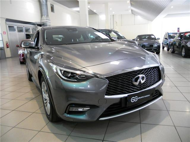 Left hand drive INFINITI Q30 Business 1.5