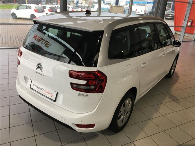lhd car CITROEN C4 GRAND PICASSO (03/2017) - white - lieu: