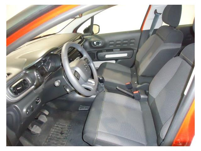 lhd car CITROEN C3 (02/2017) - Orange - lieu: