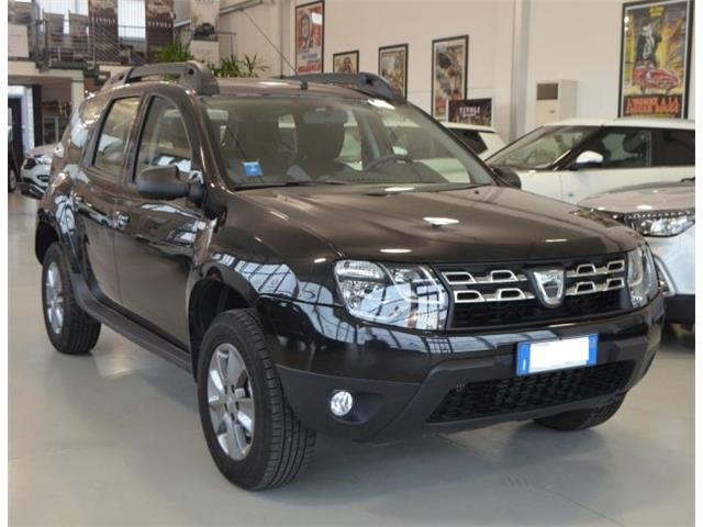 Left hand drive DACIA DUSTER 1.5 dCi 110CV S&S 4x2 Laur�ate
