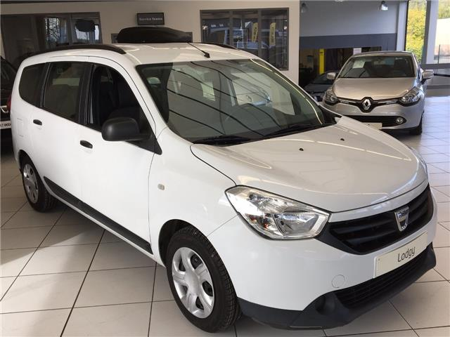lhd car DACIA LODGY (02/2015) - white - lieu:
