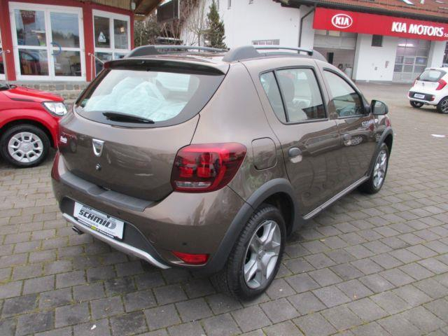 DACIA sandero stepway (06/2017) - brown - lieu: