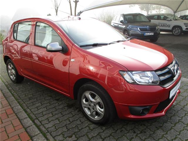 Left hand drive DACIA SANDERO dCi 90 S&S Celebration