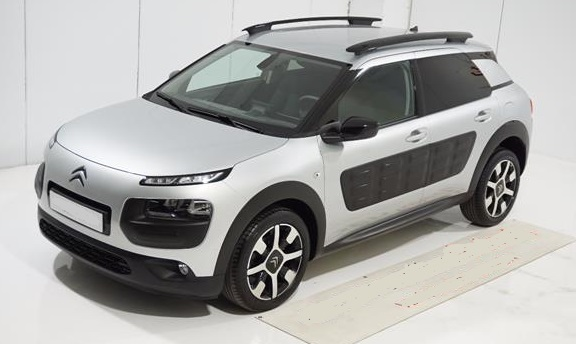 Left hand drive CITROEN C4 CACTUS 1.6BlueHDi 100 ETG6 Feel Edition Spanish Reg