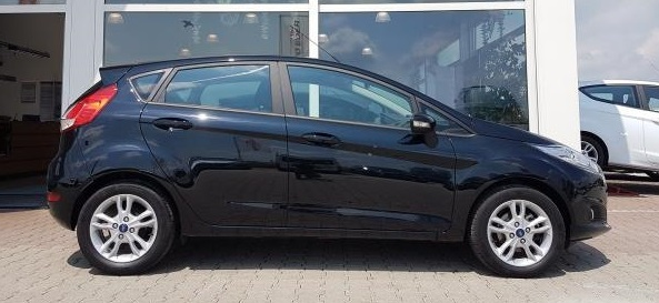 FORD FIESTA (09/2016) - Black - lieu: