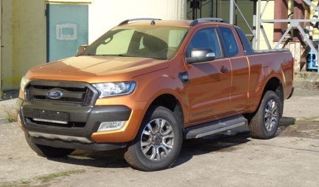 lhd FORD RANGER (06/2017) - Orange - lieu: