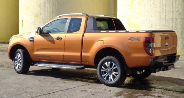 FORD RANGER (06/2017) - Orange - lieu: