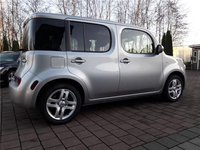 Left hand drive NISSAN CUBE 1.6