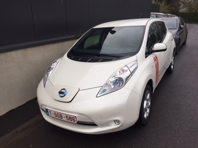 Left hand drive NISSAN LEAF Acenta battery included