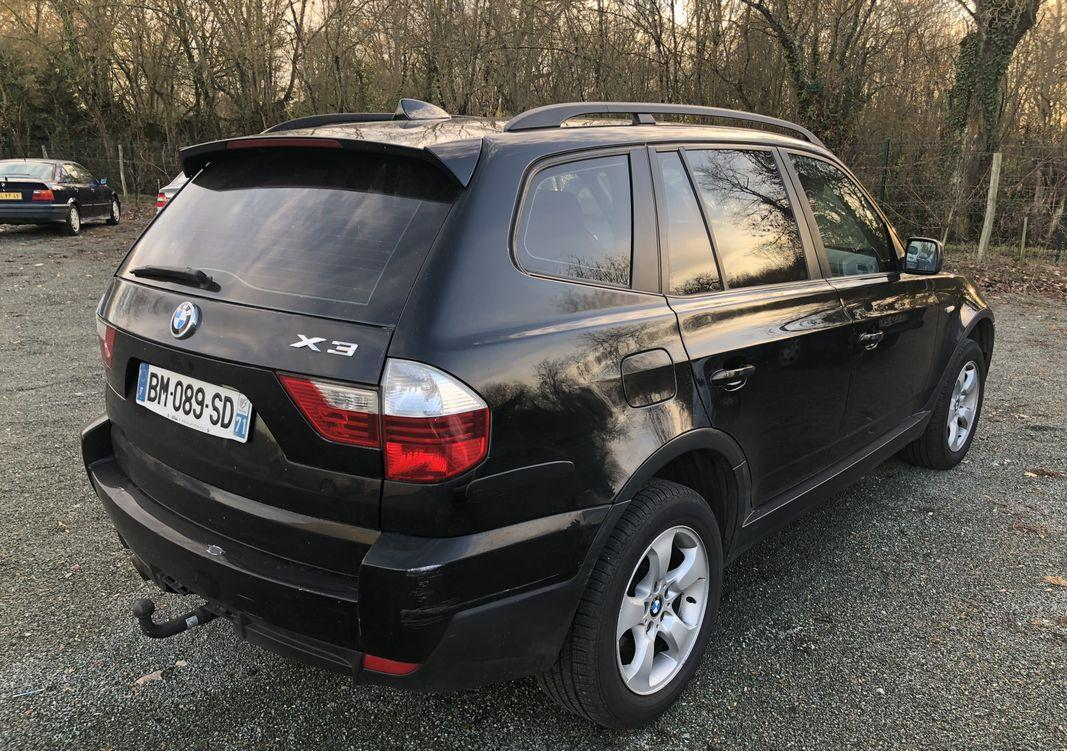 BMW X3 (02/2008) - DARK BLUE - lieu: