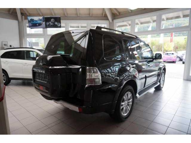 Left hand drive MITSUBISHI PAJERO 3.2 DI-D AT Top