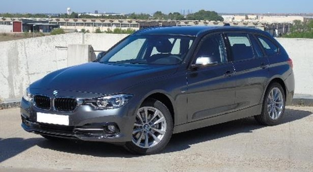Left hand drive BMW 3 SERIES 320 d Touring Spanish Reg
