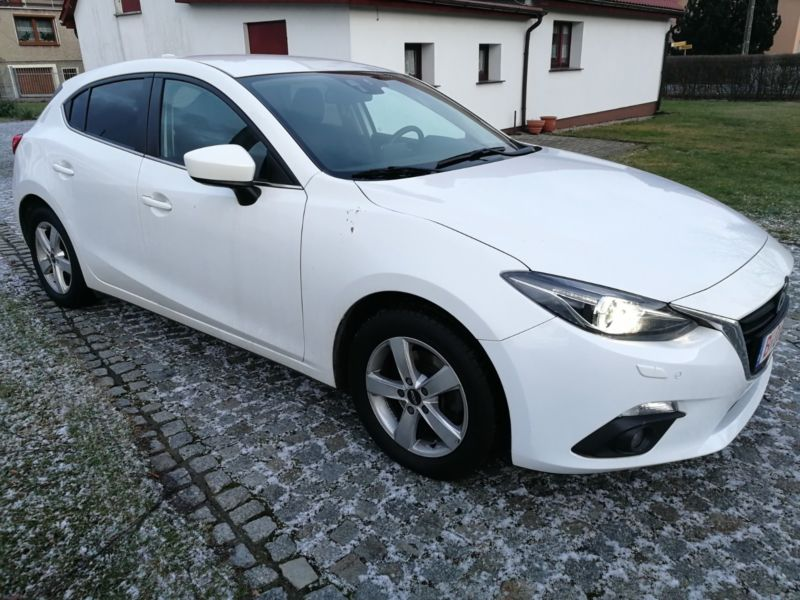 Left hand drive MAZDA 3 Lim. Center-Line