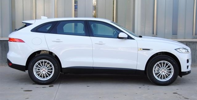 JAGUAR F-PACE (08/2017) - White