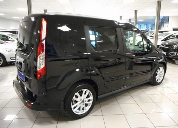 Left hand drive FORD TOURNEO Connect Titanium 1.5TDCi 120cv Powershift Spanish Reg