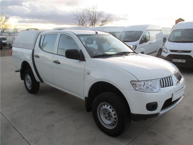 MITSUBISHI L200 2.5 D-ID PICK UP DOBLE CABINA 136 CV Spanish Reg