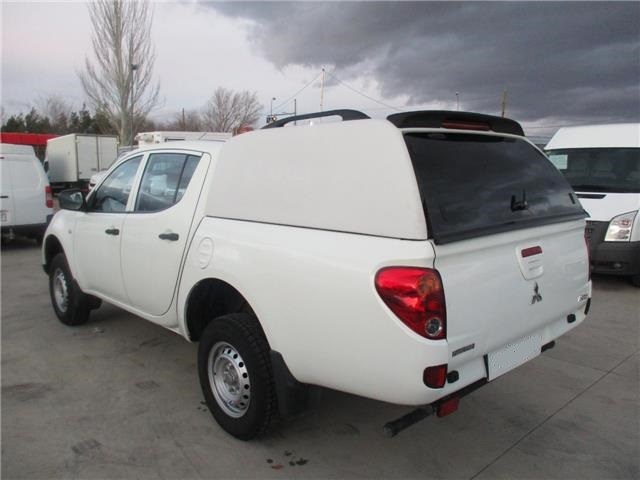 Left hand drive MITSUBISHI L200 2.5 D-ID PICK UP DOBLE CABINA 136 CV Spanish Reg