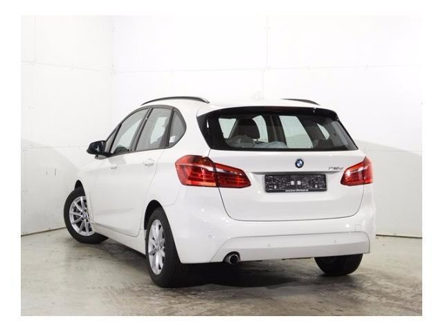 BMW 2 SERIES (09/2016) - white - lieu: