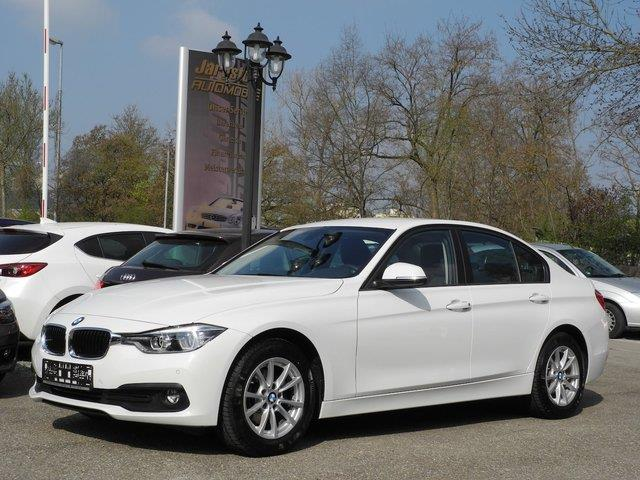 lhd BMW 3 SERIES (02/2017) - white - lieu: