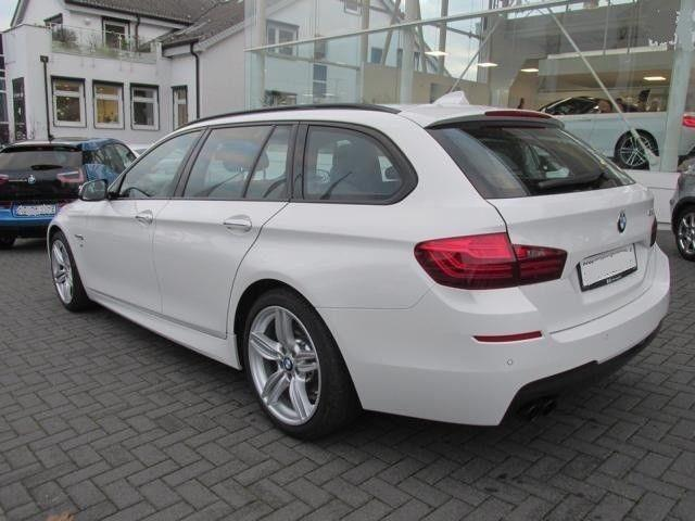 Left hand drive BMW 5 SERIES 520 Touring Msport