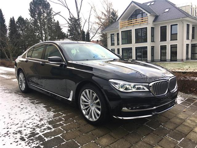 Lhd BMW 7 SERIES (03/2017) - black - lieu: