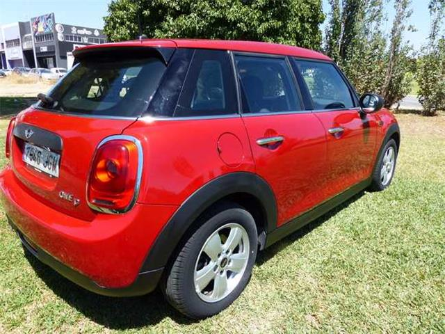 MINI COOPER (06/2015) - Red - lieu: