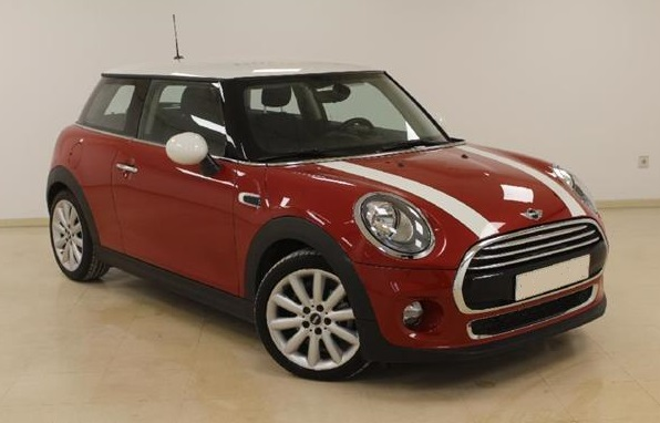Left hand drive MINI COOPER 1.5 3P Spanish Reg