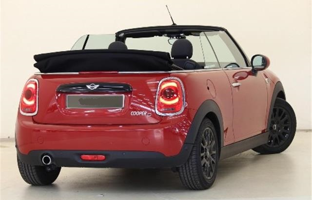 MINI COOPER (10/2016) - Red - lieu: