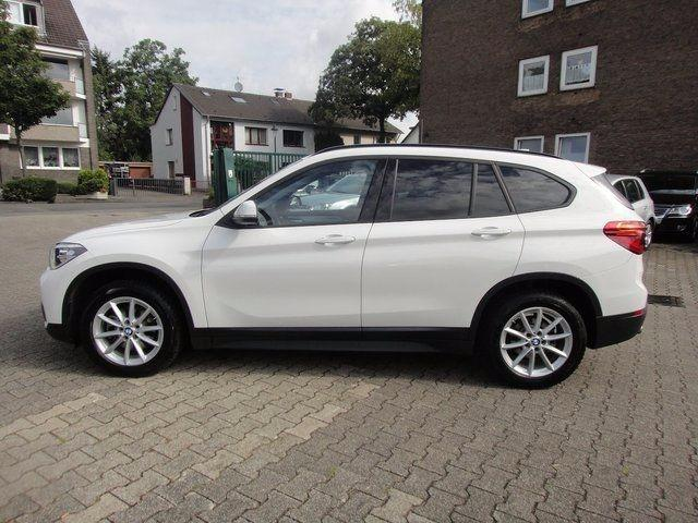Left hand drive BMW X1 sDrive18d 150cv
